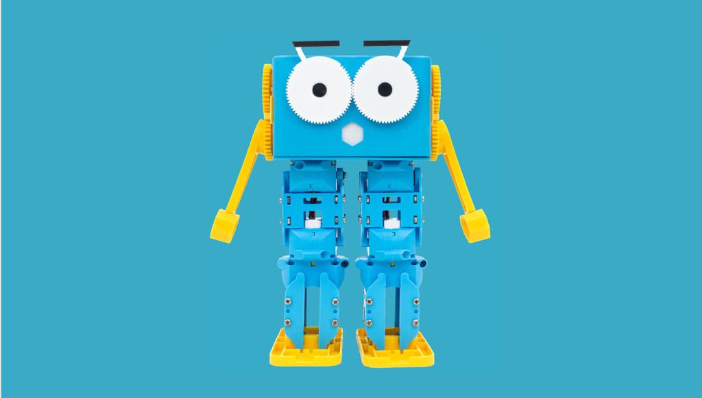 自分で組み立てる、プログラミングできる歩くロボット Marty the Robot (マーティ ザ ロボット)
