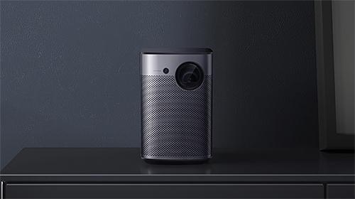 最高800ANSIルーメン、フルHD(1080p)の高画質、Harman Kardonスピーカー、Android TV搭載のポータブルプロジェクター  『XGIMI Halo(ジミー ハロ)』